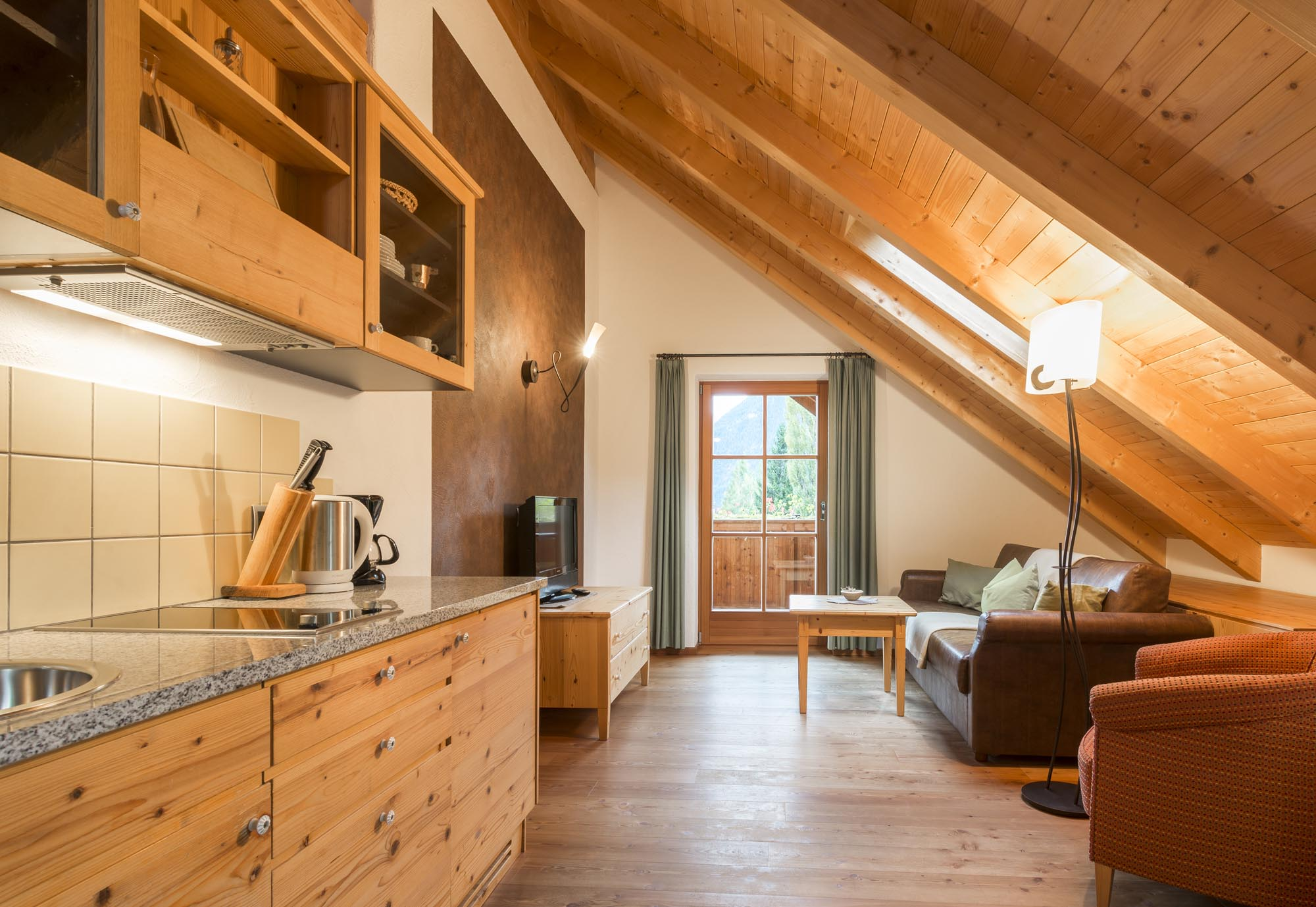 St mauritzien iv appartamenti nella valle aurina alto adige for Foto di mansarde arredate